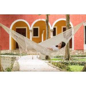 Deluxe_Outdoor_Cotton_Mexican_Hammock__in_Cream_Colour_King_Size